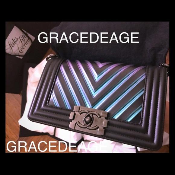293895f553de NEVER USED Chanel Iridescent Chevron Small Boy Bag